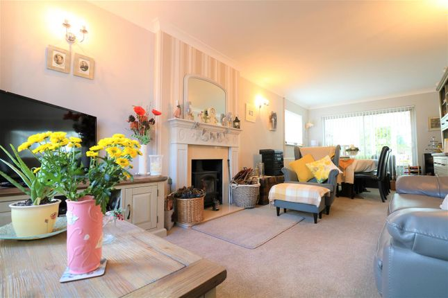 Thumbnail Detached bungalow for sale in Marconi Road, Northfleet, Gravesend