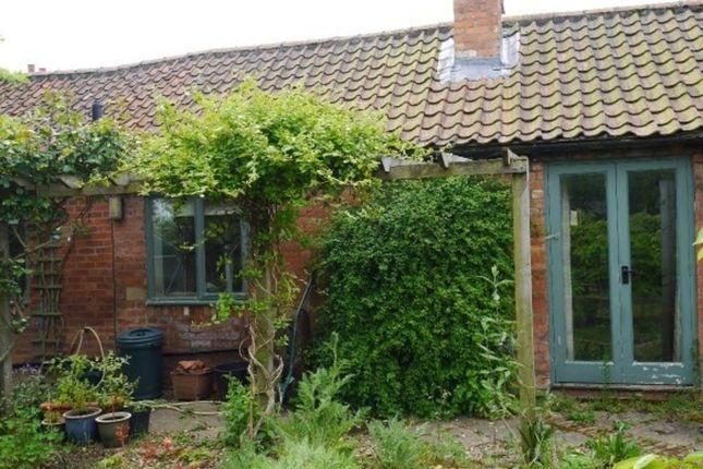 Thumbnail Cottage to rent in Grantham Road, Aslockton, Nottingham