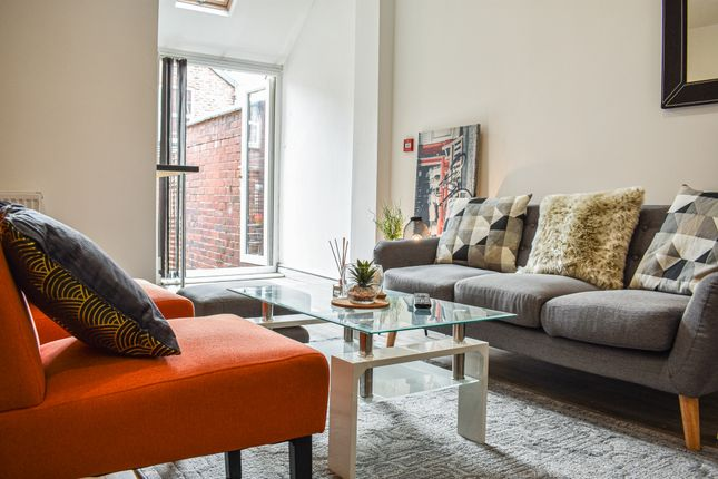Thumbnail Terraced house to rent in Mabfield Road, Manchester