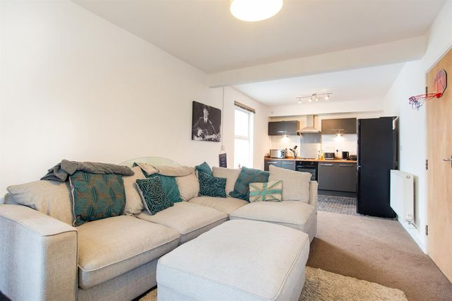 Thumbnail Flat for sale in Franklin Road, Worthing, West Sussex