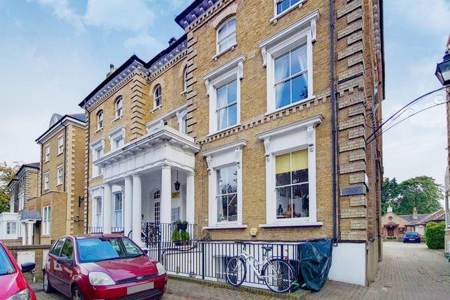 1 bed flat for sale in Thurlow Park Road, West Dulwich, London SE21