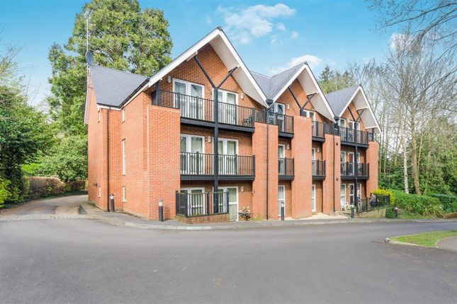 Thumbnail Flat for sale in St. Cross Road, St Cross, Winchester