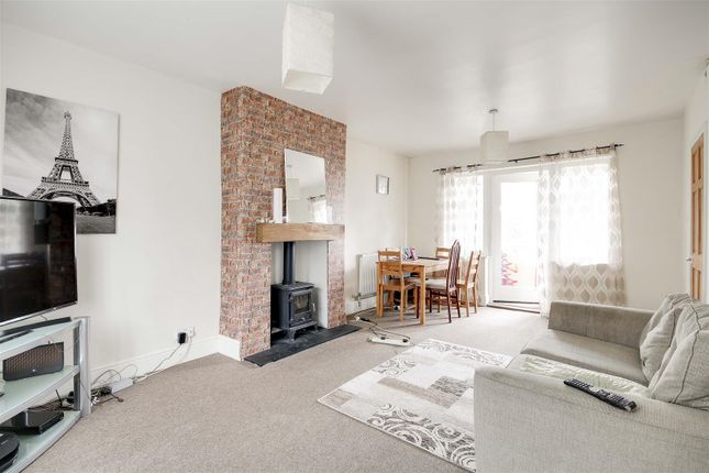 21208 of Torbay Crescent, Bestwood, Nottinghamshire NG5