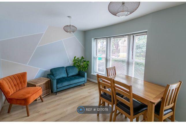 Thumbnail Flat to rent in Ashgrove Road, Bristol