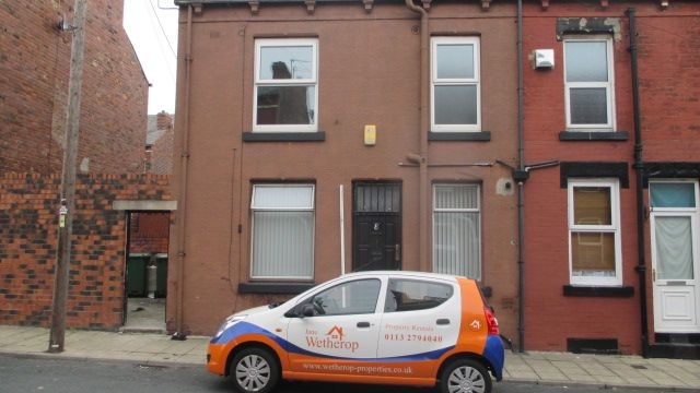 Thumbnail Property to rent in Claremont Place, Armley, Leeds