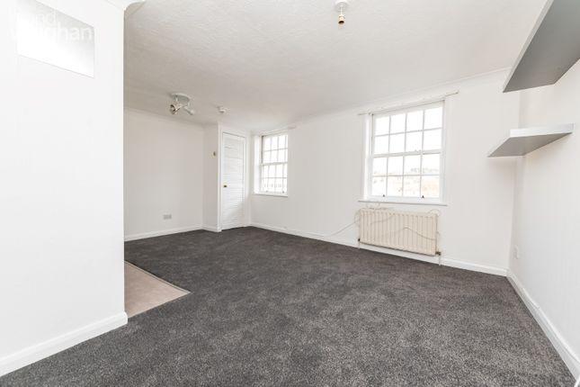 Studio to rent in Pavilion Parade, Brighton, East Sussex BN2