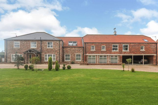 Thumbnail Detached house for sale in Beverley Road, Skidby, Cottingham