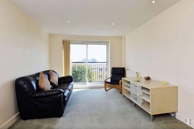 1 bed flat for sale in Newport Avenue, Canary Wharf, London E14