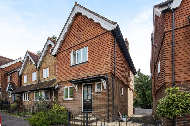 2 bed end terrace house to rent in Haslemere Road, Fernhurst GU27