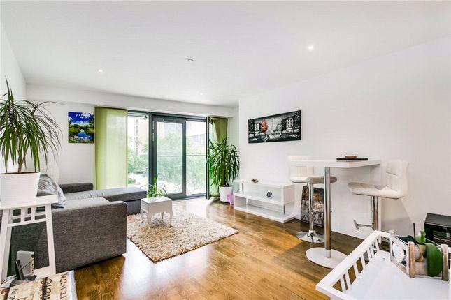 Living Area of Eastfields Avenue, London SW18