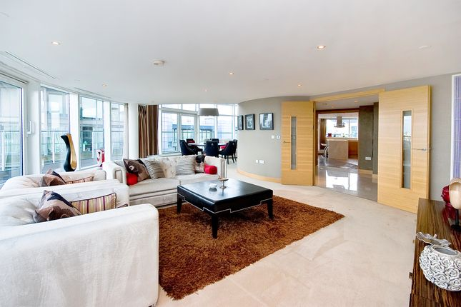 Thumbnail Flat to rent in Penthouse, Chelsea Bridge Wharf, Battersea