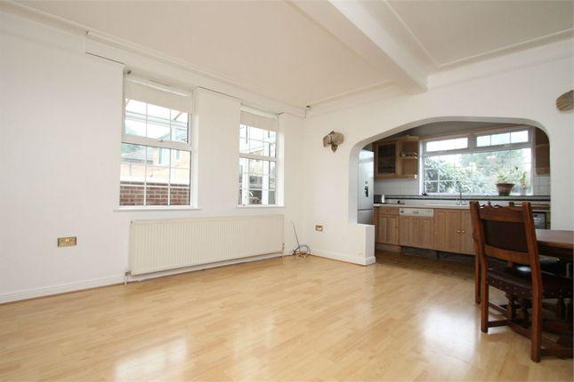 Thumbnail Maisonette to rent in The Grangeway, London