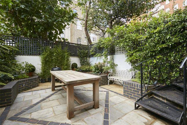 Picture No. 18 of Cheltenham Terrace, Chelsea, London SW3