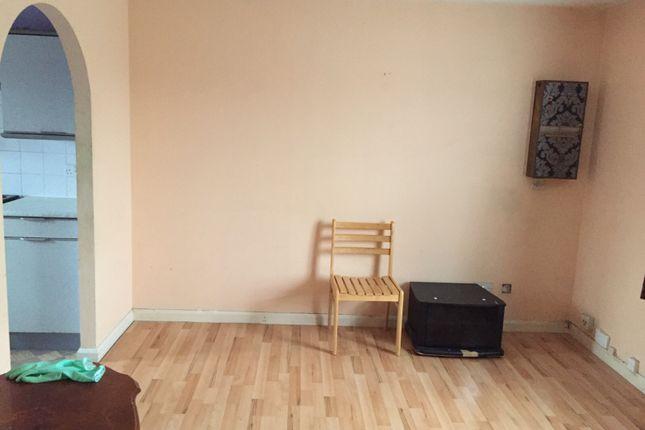 Thumbnail Studio to rent in Hounslow Road, Feltham