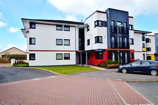 Thumbnail Flat to rent in Whiteside Court, Bathgate, 2Tn