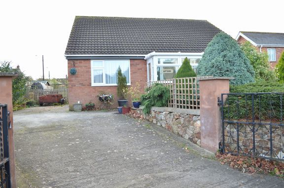 Thumbnail Property for sale in Hollingarth Way, Hemyock, Cullompton