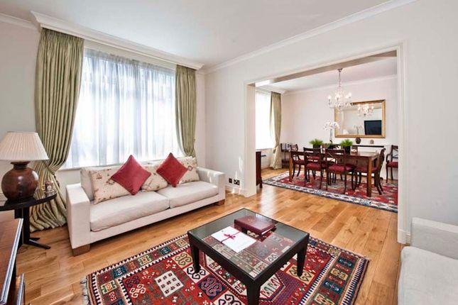 Thumbnail Flat to rent in Park Lane, Mayfair, London
