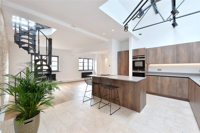 Thumbnail Property for sale in Breezers Court, 20 The Highway, London