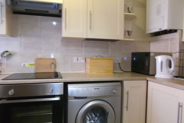 Duplex to rent in Doncaster Road, Langold, Worksop
