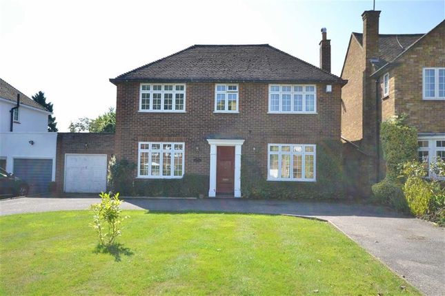 Thumbnail Link-detached house to rent in Kingwell Road, Hadley Wood, Hertfordshire