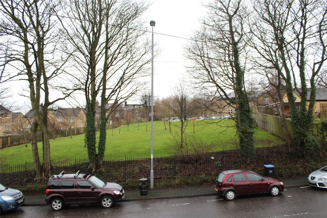 Picture No. 02 of Daisy Hill Lane, Bradford, West Yorkshire BD9