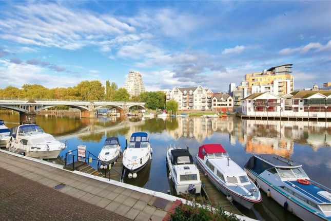 Thumbnail 3 bed flat to rent in Becketts Place, Hampton Wick, Kingston Upon Thames