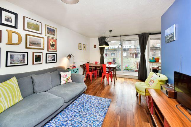 2 bed flat for sale in Salisbury Walk, London