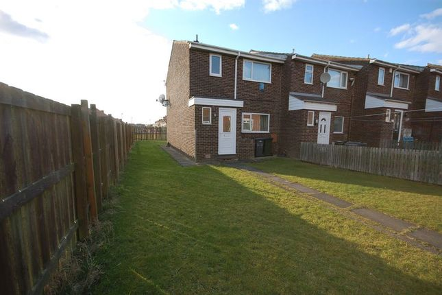 3 bed property for sale in West Avenue, Palmersville, Newcastle Upon Tyne