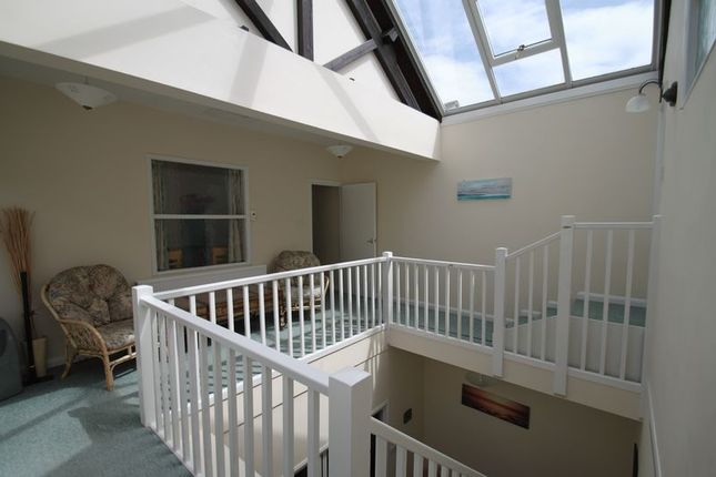 4 bed town house for sale in York Street, Cowes