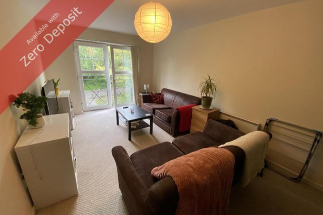 2 bed flat to rent in Ladybarn Lane, Fallowfield, Manchester M14