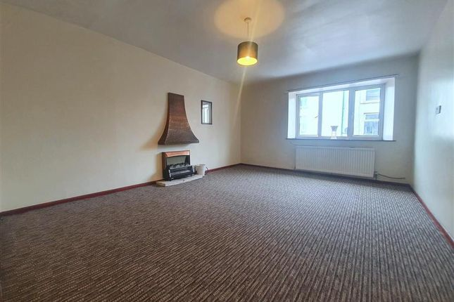 Thumbnail Flat to rent in Queen Street, Dalton-In-Furness