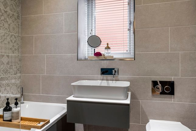 4 bed property for sale in Musters Road, Ruddington, Nottingham NG11