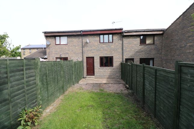 2 bed town house to rent in Highley Park, Clifton, Brighouse HD6