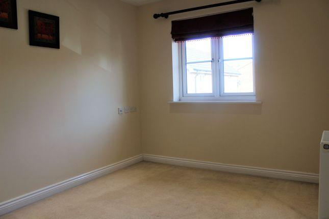 Bedroom of Nine Acres Close, Hayes UB3