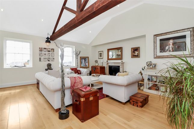 Sitting Room of Breakspear Place, Abbots Langley WD5