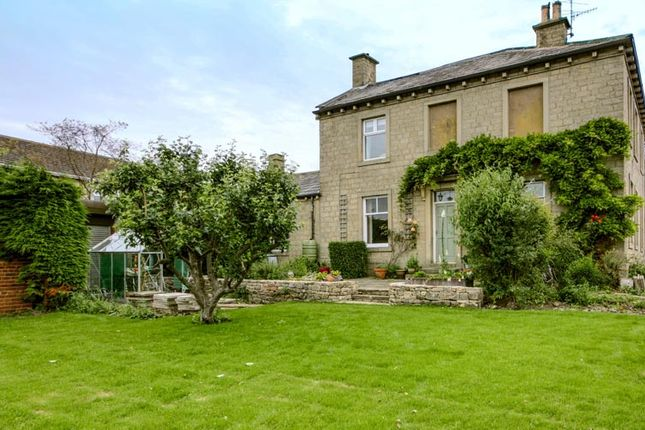 Thumbnail Detached house for sale in Keighley Road, Cross Hills