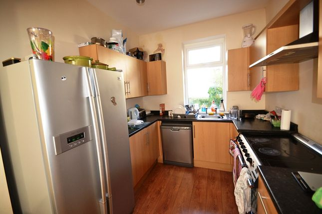 Thumbnail Terraced house to rent in Dogfield Street, Cathays, Cardiff