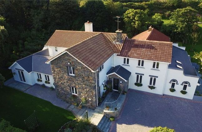 Thumbnail Detached house for sale in La Ruette, Des Fries, Guernsey