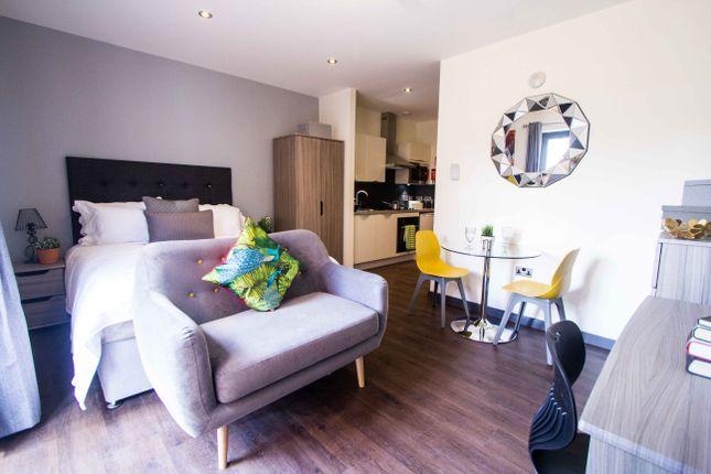 Thumbnail Flat to rent in Apartment 5, 83 Cardigan Lane, Headingley