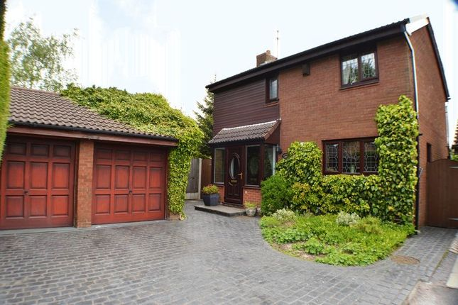Thumbnail Detached house for sale in Sorrel Bank, Stockport