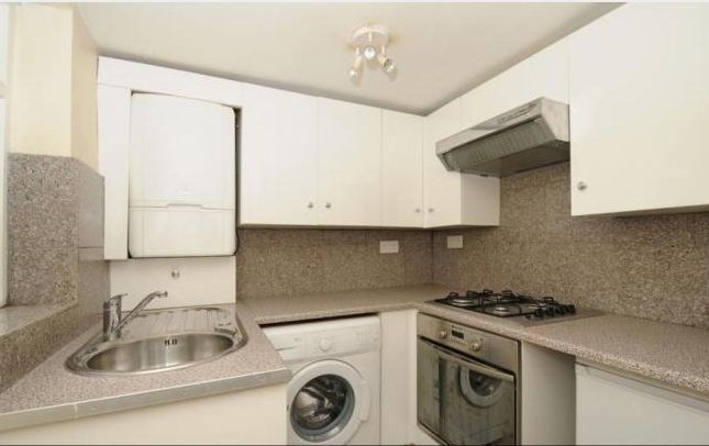 1 bed flat to rent in Manor Avenue, London