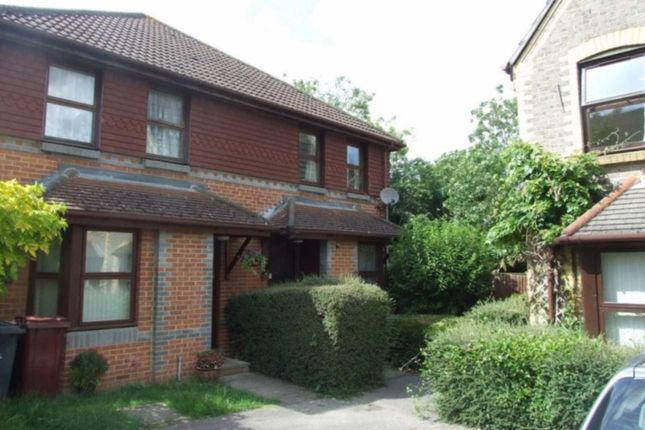 1 bed property to rent in Rowe Court, Reading RG30