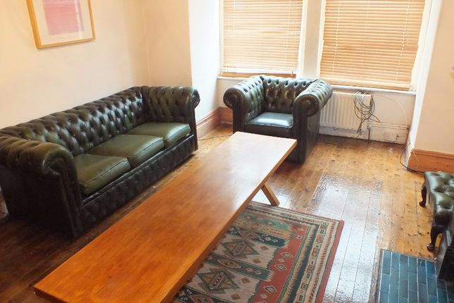 Thumbnail Terraced house to rent in De Lacy Mount, Leeds