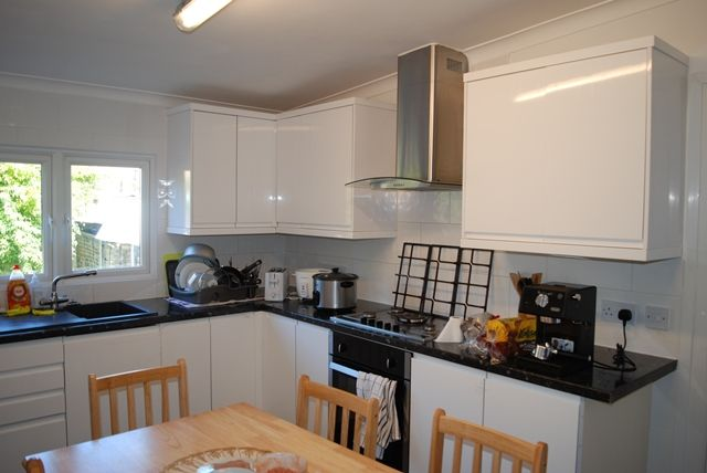 Thumbnail Terraced house to rent in James Lane, London