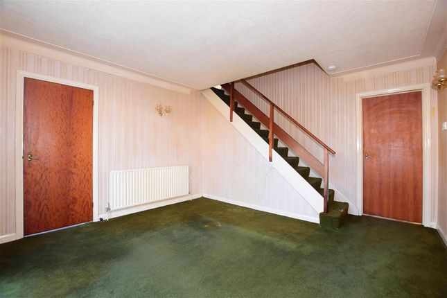 Thumbnail Terraced house for sale in Greenshaw, Brentwood, Essex