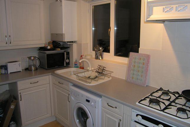 Thumbnail Flat to rent in Newbury Avenue, Calne