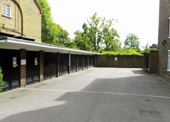 Parking/garage for sale in Tarranbrae, Willesden Lane, Brondesbury, London
