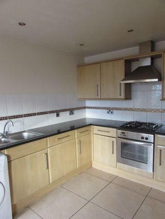 Thumbnail Flat to rent in King's Walk, Kettering