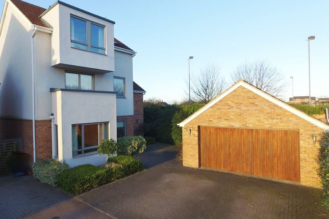 Thumbnail Detached house for sale in Oakfield, Radcliffe On Trent