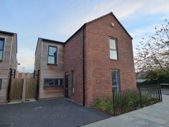 Thumbnail Detached house for sale in Canal Street, Derby, Derbyshire